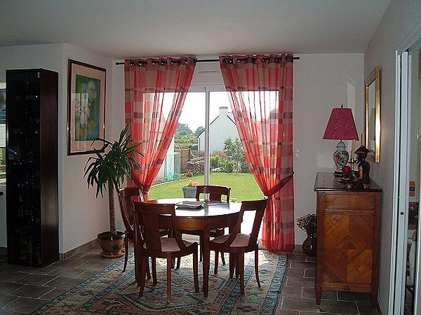 Rideaux double voilage for Decoration fenetre voilage